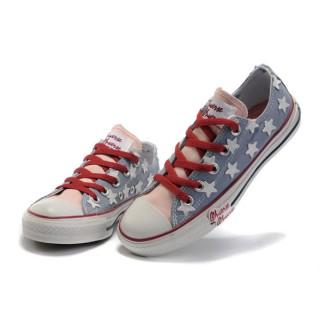 Chaussures Converse Usa Flag Bleu Avec Des étoiles Blanches De Langue Rose